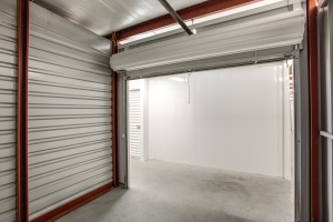 iStorage Dearborn - Photo 3