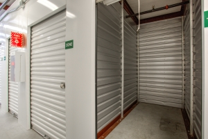 iStorage Dearborn - Photo 4