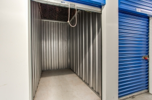 iStorage Bloomfield New Jersey - Photo 4