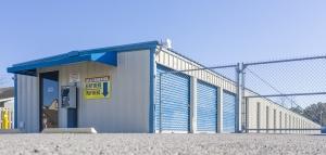Storage King USA - 031 - Ocean Springs, MS - Bienville Blvd - Photo 2
