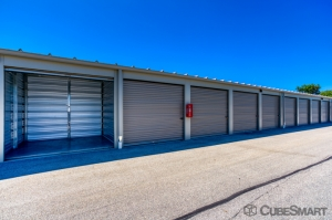 Image of CubeSmart Self Storage - Waukesha - 21300 Doral Rd Facility on 21300 Doral Road  in Waukesha, WI - View 3