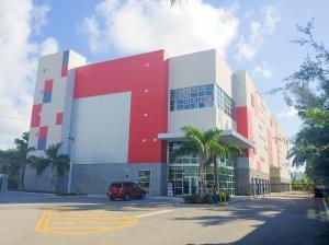 StorQuest - North Miami Beach/W Dixie Hwy - Photo 1