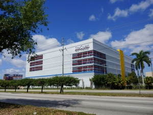 Image of StorQuest - Miami/SW 87th Ave Facility at 13301 Southwest 87th Avenue  Miami, FL