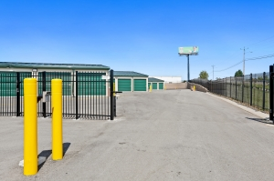 Image of US Storage Centers - La Vergne - New Paul Facility on 211 New Paul Road  in La Vergne, TN - View 2