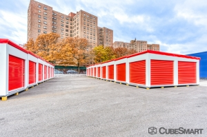 CubeSmart Self Storage - Bronx - 2880 Exterior St - Photo 2