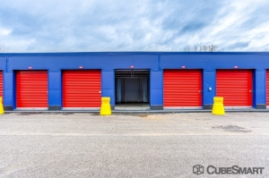 CubeSmart Self Storage - Bronx - 2880 Exterior St - Photo 3