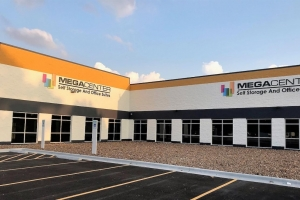 Image of Megacenter Willowbrook Facility on 7075 Farm to Market 1960 Road West  in Houston, TX - View 3