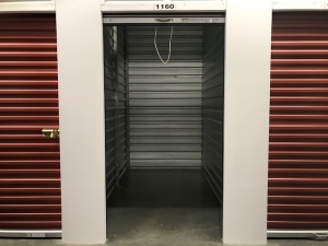 DR Storage - Photo 7