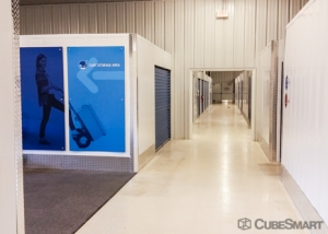 Image of CubeSmart Self Storage - Rocky River - 19901 Center Ridge Rd Facility on 19901 Center Ridge Road  in Rocky River, OH - View 4