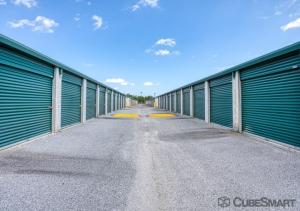 Image of CubeSmart Self Storage - Charleston - 460 Seven Farms Dr Facility on 460 Seven Farms Drive  in Charleston, SC - View 2