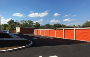 Simply Self Storage - 7828 W Washington Street - Indianapolis - Photo 3