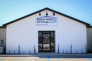 Middle Road Self Storage - Photo 2