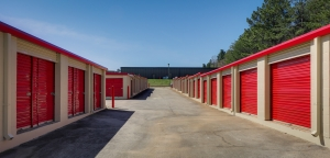 Image of 10 Federal Self Storage - 1691-A Katy Ln, Ft. Mill, SC 29708 Facility on 1691 Katy Lane  in Fort Mill, SC - View 3