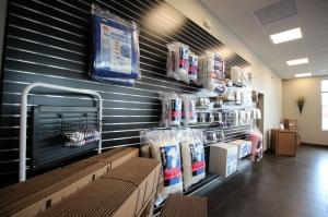 Self Storage on North Market - Photo 5