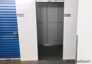 CubeSmart Self Storage - Los Angeles - 11820 W Olympic B - Photo 2