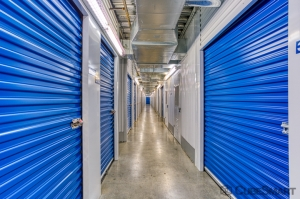 Image of CubeSmart Self Storage - Houston - 5321 Richmond Ave Facility on 5321 Richmond Avenue  in Houston, TX - View 2