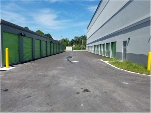 Image of Extra Space Storage - Tampa - Laurel St Facility on 5012 West Laurel Street  in Tampa, FL - View 2