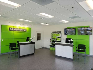 Image of Extra Space Storage - Tampa - Laurel St Facility on 5012 West Laurel Street  in Tampa, FL - View 4