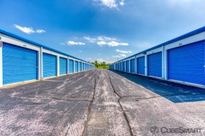 Image of CubeSmart Self Storage - Lynwood - 19600 Stoney Island Ave Facility on 19600 Stoney Island Avenue  in Lynwood, IL - View 3
