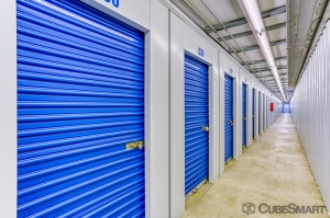 CubeSmart Self Storage - Lynwood - 19600 Stoney Island Ave - Photo 5