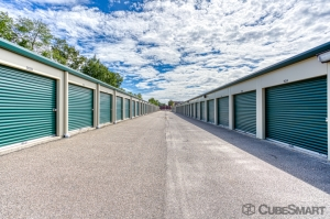 CubeSmart Self Storage - Meriden - 51 Prestige Dr - Photo 2