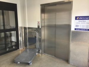 Life Storage - Chamblee - Photo 6