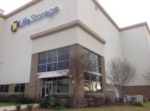 Picture 0 of Life Storage - San Antonio - 3602 Wurzbach Road - FindStorageFast.com