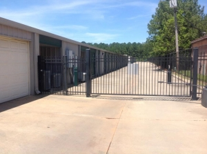 Image of Life Storage - Jackson - 5651 Mississippi 18 Facility on 5651 Mississippi 18  in Jackson, MS - View 4