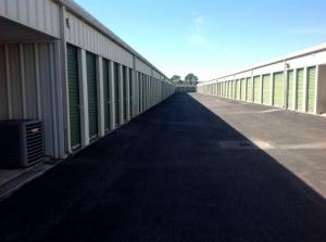 Image of Life Storage - Gretna - 490 Wall Boulevard Facility on 490 Wall Boulevard  in Gretna, LA - View 3