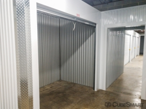 CubeSmart Self Storage - Atlanta - 2393 Metropolitan Pkwy - Photo 4