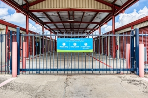 Image of SmartStop Self Storage - Houston Facility on 8415 Queenston Boulevard  in Houston, TX - View 3