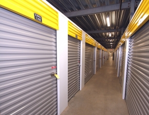 Image of Safeguard Self Storage - Valley Stream - W. Merrick Road Facility on 599 West Merrick Road  in Valley Stream, NY - View 3