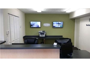 Extra Space Storage - Fort Lauderdale - Commercial Blvd - Photo 4