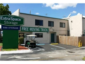 Extra Space Storage - Fort Lauderdale - Commercial Blvd - Photo 7