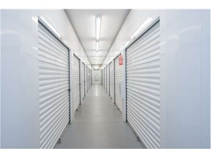 Extra Space Storage - Naples - Goodlette Road - Photo 3