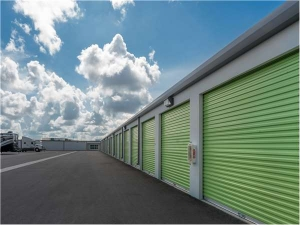 Extra Space Storage - Bradenton - 60th Street - Photo 2