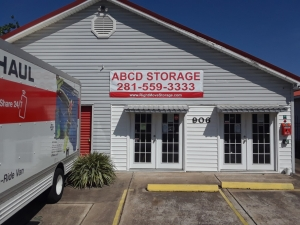 Image of ABCD Storage Facility at 906 Reppert Street  Bacliff, TX