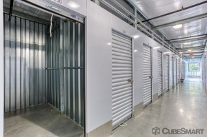 CubeSmart Self Storage - Bloomfield - 101 Old Windsor Rd - Photo 6