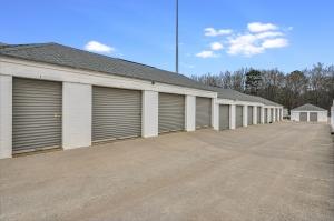 Space Shop Self Storage - Covington - Photo 6