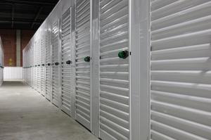 Image of FlatRate Storage - Newark Facility on 99 Evergreen Avenue  in Newark, NJ - View 4