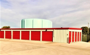 Big Red Self Storage - South 84 - Photo 4