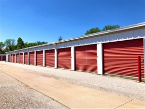Image of Big Red Self Storage - 6th & Van Dorn St. Facility on 609 Van Dorn Street  in Lincoln, NE - View 3