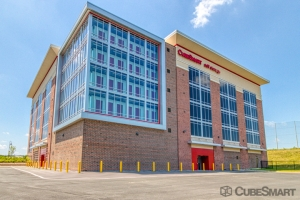 Image of CubeSmart Self Storage - Ashburn - 45000 Russell Branch Pkwy Facility at 45000 Russell Branch Parkway  Ashburn, VA