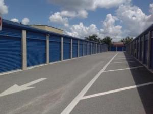 Life Storage - Orlando - 4650 South Semoran Boulevard - Photo 2