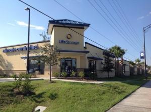 Image of Life Storage - Orlando - 4650 South Semoran Boulevard Facility on 4650 South Semoran Boulevard  in Orlando, FL - View 3