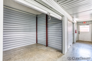 Picture of CubeSmart Self Storage - Conroe - 810 Gladstell Rd