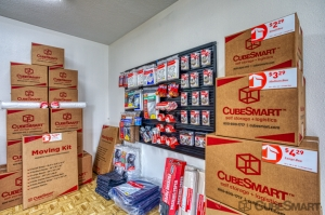 CubeSmart Self Storage - Conroe - 810 Gladstell Rd - Photo 9