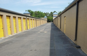 Image of Life Storage - Virginia Beach - 4929 Shell Road Facility on 4929 Shell Road  in Virginia Beach, VA - View 2