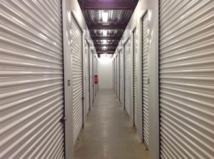 Life Storage - St. Louis - 4959 Manchester Avenue - Photo 7