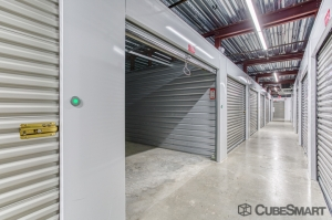 CubeSmart Self Storage - Savannah - 2201 East Victory Dr - Photo 4